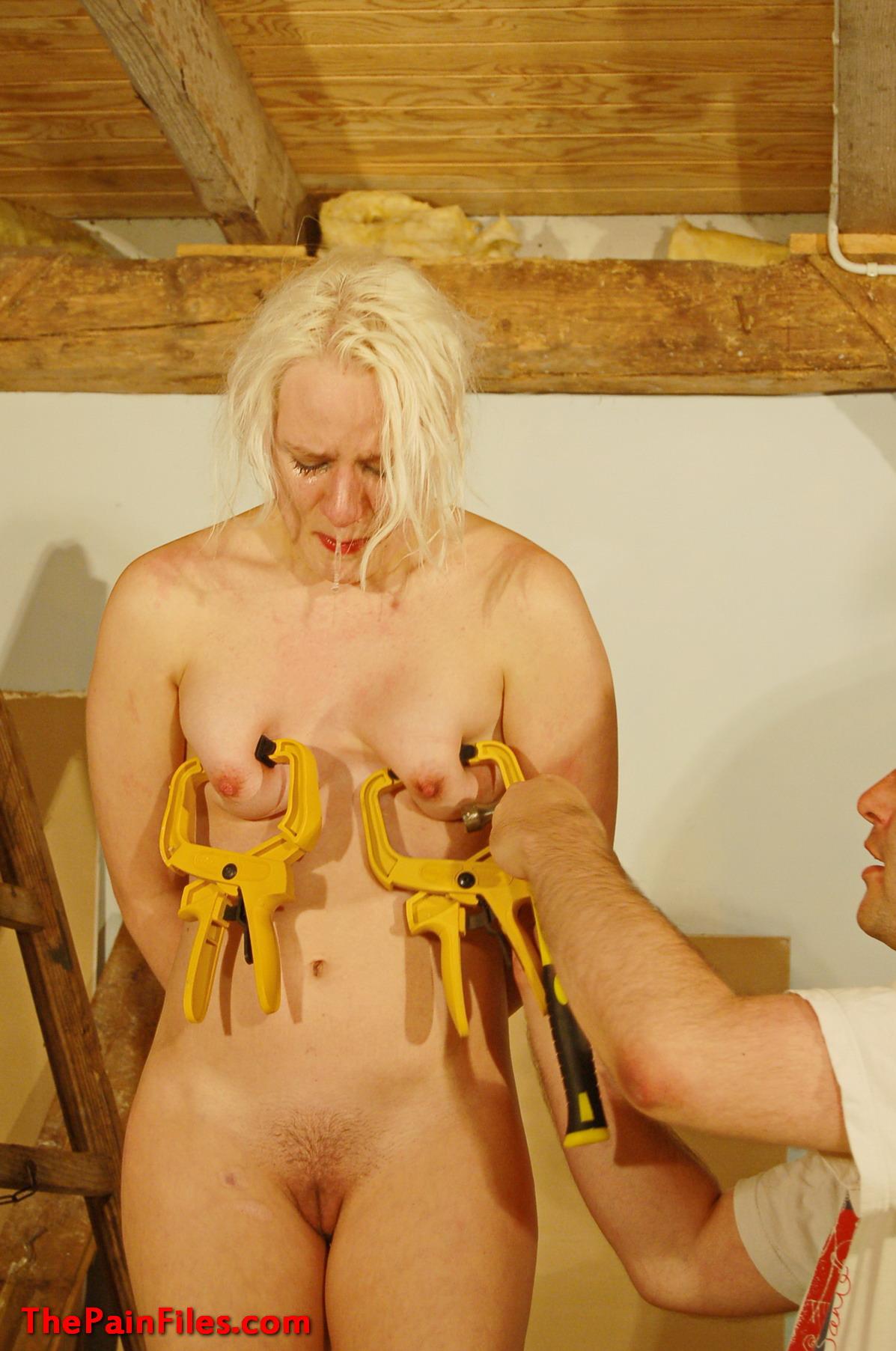 Teen in sauna